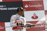 マクラーレンのルイス・ハミルトンがイタリアGP初優勝。今季4度目のポールポジションから3勝目をマークし、チャンピオンシップでも2位に躍進した。(Photo=McLaren)
