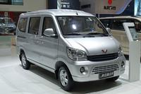 上海GM五菱の「五菱之光」。2009年に中国で最も売れたクルマがこれ。