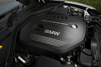 最高出力340ps、最大トルク51.0kgmを発生する3リッター直6ターボエンジン。