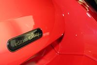 ミッキーマウス仕様のスマート電気自動車登場の画像