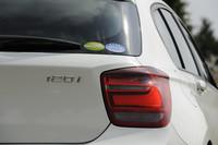 フルモデルチェンジで第2世代となった、BMWのコンパクト「1シリーズ」。2011年9月のフランクフルトモーターショーで正式発表、その数日後には日本でもデビューを飾った。