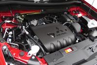 ガソリン車についても、新しいCVTの採用やエンジンとCVTの協調制御の最適化などにより、燃費性能の向上が図られている。