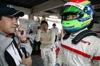 複雑な要素が絡み合うレースをいかに闘い、勝利するか。ドライバーとチームが一丸となって取り組まなければ、それを成し遂げることはできない。(写真=トヨタ自動車)