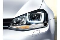 バイキセノンヘッドライト/ダイナミックコーナリングライトが標準で備わる。