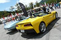 新型「コルベット コンバーチブル」は今回が日本初公開となる。展示車両は高性能モデルの「Z51」。