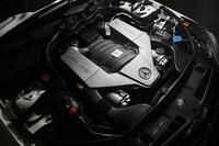 「パフォーマンスパッケージプラス」は、2010年8月に設定されたパッケージオプション。主なチューニング内容は、最高出力の30psアップ、最高速度の30km/hアップ、ブレーキ性能の強化など。