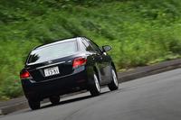 「アリオン」のJC08モード燃費は、グレードにより14.8km/リッターから19.2km/リッターまで。1.5リッターのFF車は、最も優れた値を示す。