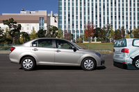 「Toyota Safety Sense C」に備わる「衝突回避支援型プリクラッシュセーフティ」のデモの様子。
