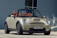 「MINIコンバーチブル」にお買い得な特別仕様車の画像