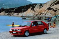 初代「デルタHF 4WD」(1986-87年)