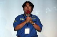 意気込みを語る新井敏弘。今年は、WRカーより市販車に近いプロダクションカー世界ラリー選手権(PWRC)にインプレッサWRX STiグループNで参戦し、4戦3勝と絶好調。チャンピオンシップ獲得に期待がかかる。