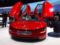 "VWグループの主役は""悲願のエコカー""「XL1」【ジュネーブショー2013】"