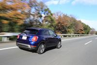 東京を出て、高速道路を軽井沢方面へとひた走る。こうしたシチュエーションでは、「ベクター」のドライブフィールは、一般的なサマータイヤとなんら変わらない。