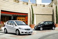 「メルセデス・ベンツAクラス」にナビ付きの特別仕様車の画像
