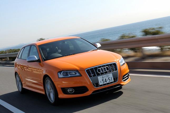 """【アウディS3 スポーツバック その1】 「アウディS3」は、A3シリーズの高性能グレード。初代モデルは1999年に誕生した(日本上陸は2001年)。現行モデルは2006年にデビューした2代目で、2009年2月に日本に導入開始。なお、2010年3月現在、A3シリーズに""""まだ""""「RS」シリーズは設定されていないから、同クラスのアウディ車の中では、最高峰に位置する。"""