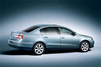 VW「パサート」に新グレードが登場、V6は大幅仕様変更