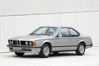 1976年にデビューした初代「BMW 6シリーズ」。当初は直6SOHC3リッターの「630CS」と3.2リッターの「633CSi」の2種で、78年に「633CSi」に代わって3.5リッターの「635CSi」(写真)が登場した。