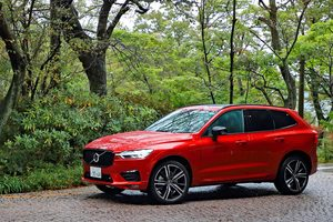 ボルボXC60 B6 AWD R-DESIGN(4WD/8AT)/V60 B5 R-DESIGN(FF/8AT)【試乗記】