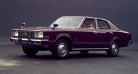 1974年「トヨタ・クラウン4ドア ピラードハードトップ スーパーデラックス」 (写真=トヨタ自動車)