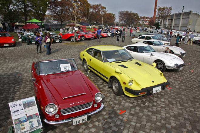 地元である埼玉県在住のオーナーを中心に、150台以上の旧車が集まった幸手市ひばりが丘球場広場。