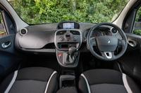 内外装の仕様は、既存の「ゼン6MT」や「ゼンAT」からの変更はない。