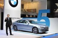 イアン・ロバートソン氏は「アクティブハイブリッド5」が日本市場を強く意識したことをアピール。