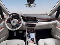 BMWがPHVのコンセプトカーを出展 【パリサロン2012】の画像