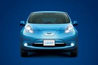 2010年12月にデビューした、量産型EV「日産リーフ」。2012年の11月には、基本性能をアップさせるマイナーチェンジも実施された。