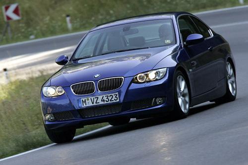 BMW335iクーペ(FR/6AT)【海外試乗記】