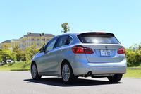 BMW初のFF車(4WD車もあるが)として登場した「2シリーズ アクティブツアラー」。PHVの「225xe」は2016年1月に日本に導入された。