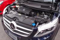 エンジンは、2.1リッター直4のクリーンディーゼルのみ。JC08モードの燃費は15.3km/リッター。