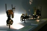 初期のエンジンの数々。