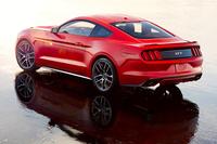 フォードが新型「マスタング」の概要を公開の画像