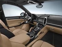 「ポルシェ・カイエン」に豪華仕様の特別仕様車の画像