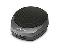 「KAX-552N」(1万1550円)の音量調整は本体で可能。