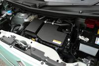 エンジンはターボ、自然吸気ともに「R06A」型を採用。燃費性能は最も低いターボの4WDでさえ、25.0km/リッター(JC08モード)を実現している。