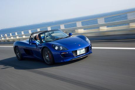 京都のベンチャー企業、GLMが初めて手がけた量産電気自動車(EV)「トミーカイラZZ」。自動車メーカーとし...