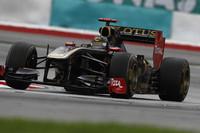 ダークホースのルノーは、スタートでハイドフェルド(写真)が2位にジャンプアップ。開幕戦3位のビタリー・ペトロフも5位にあがったが、両者ともレースペースではトップチームにかなわない。アロンソ、ハミルトンの接触による脱落に助けられ、ハイドフェルドは3位、ペトロフは終盤クラッシュしてしまい最後尾で完走扱いとなった。(Photo=Renault)