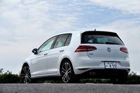 ボディーカラーは白、黒、シルバー、グレーなどモノトーン系が5色用意される。試乗車は有償オプションの「オリックスホワイト マザーオブパールエフェクト」。