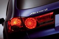 2008年ジュネーブショーで出展される新型「アコード」には、新開発の2.2リッターi-DTECディーゼルエンジンが搭載される。