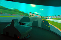 「東京バーチャルサーキット」は2012年2月にオープン。実物と同じ運転体験をリーズナブルに提供することで、モータースポーツに対する「やってみたい」と「やってみる」の距離を近づけるという。