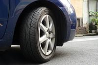 「ダンロップ ルマンLM703」 サイズは5シリーズ全79サイズで、価格はオープンプライス。 ダンロップ:http://tyre.dunlop.co.jp/