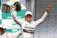 7月のドイツGP以来勝利から遠ざかっていたメルセデスのニコ・ロズベルグがブラジルGPを制す。今季10回目のポールポジションから5勝目を飾った。(Photo=Mercedes)
