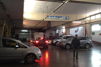 アルドさんが経営する、フィレンツェの空港駐車場「ガレージアルド」は地下式である。