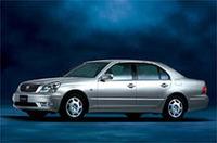 トヨタ、「セルシオ」を一部改良の画像