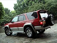 トヨタ・ハイラックスサーフSSR-X(4AT)【ブリーフテスト】の画像