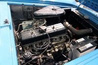 このクルマで最も魅力の乏しい部分であろう、初代「グロリア」用の直4 OHV 1862ccエンジン。最高出力80psにすぎないが、これでも1960年当時の国産乗用車用としては最大級のエンジンだったのだ。これは「クーペ」用だが、「コンバーチブル」用も同一である。ちなみに生産型では、ベース車のパワーアップに伴い最高出力は94psとなる。