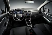 スズキが新型「SX4」を発表【ジュネーブショー2013】の画像