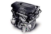 写真は、MZR 2リッター「DISI」直噴ガソリンエンジン。