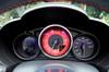"""自由自在、かつ爽快。""""サソリ印""""のスポーツカー「アバルト124スパイダー」の走りを試した。"""